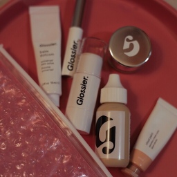 A Review | Glossier